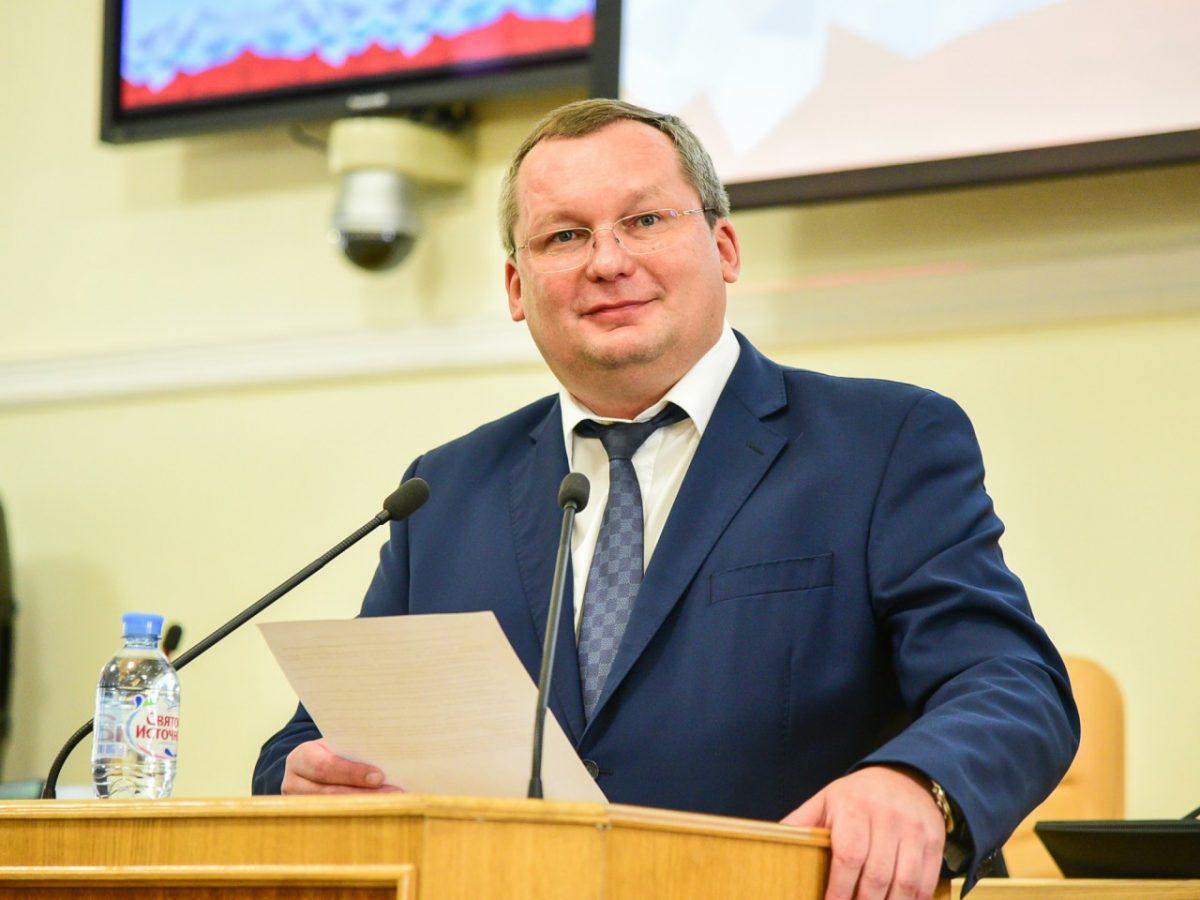 Игорь Мартынов рассказал юным астраханцам об их правах