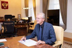 Олег Шеин будет участвовать в реализации нацпроекта по поддержке материнства