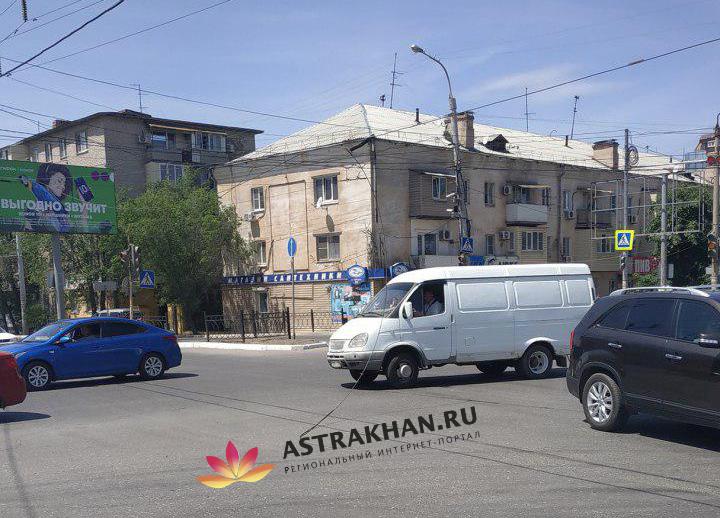 Троллейбусные провода в Астрахани продолжают падать