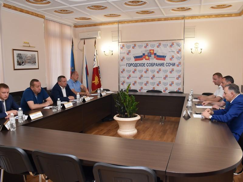 Парламентарии юга России обсудили перспективы развития туристической отрасли