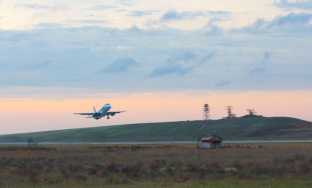 Средства Сбербанка и ВЭБ направят на реконструкцию аэропорта Астрахань