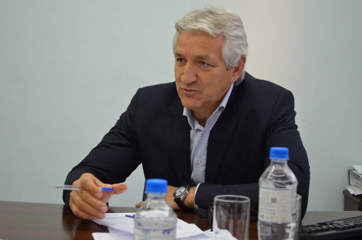 Леонид Огуль решил позаботиться о сельских пенсионерах