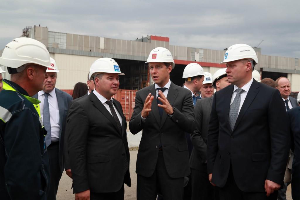 Денис Мантуров рассказал о хорошем промышленном потенциале Астраханской области