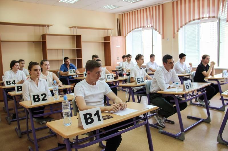 Работы астраханских школьников, которые писали ЕГЭ недопустимой пастой, проверят в полном объёме