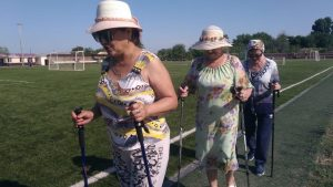 Астраханские пенсионерки активно сжигают калории