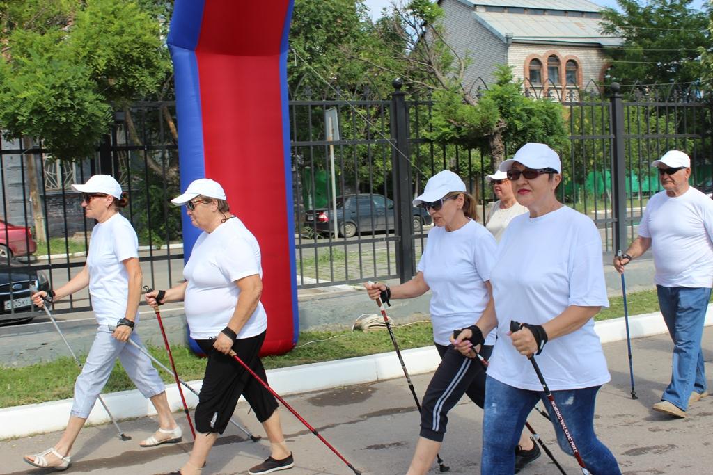 Астраханские пенсионеры побежали против наркотиков
