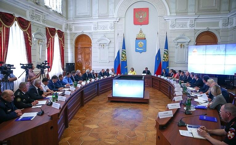 Олег Шеин – Валентине Матвиенко: астраханцам нужны изменения в жилищное законодательство