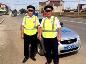 Астраханские полицейские за три минуты доставили раненого в больницу