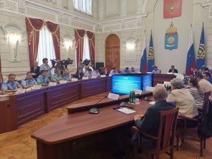 Замгенпрокурора РФ предложил поселить чиновников астраханского минстроя в аварийном жилье