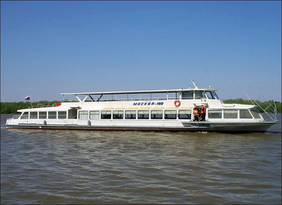Речной трамвайчик возобновит работу в Астраханской области со 2 июля
