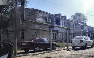 Игорь Бабушкин и заместитель генпрокурора РФ осмотрели астраханские дома-развалины