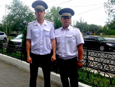 Астраханские полицейские за несколько минут доставили ребенка в больницу