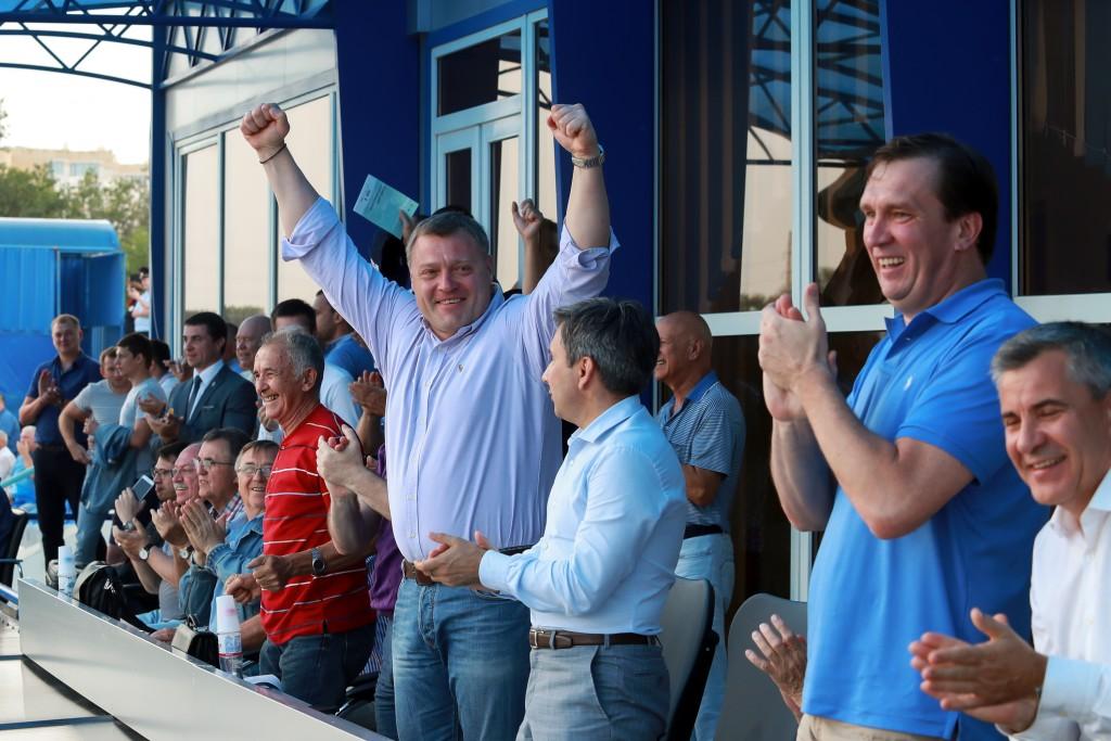 До конца года обещают достроить «Академию футбола» в Астрахани