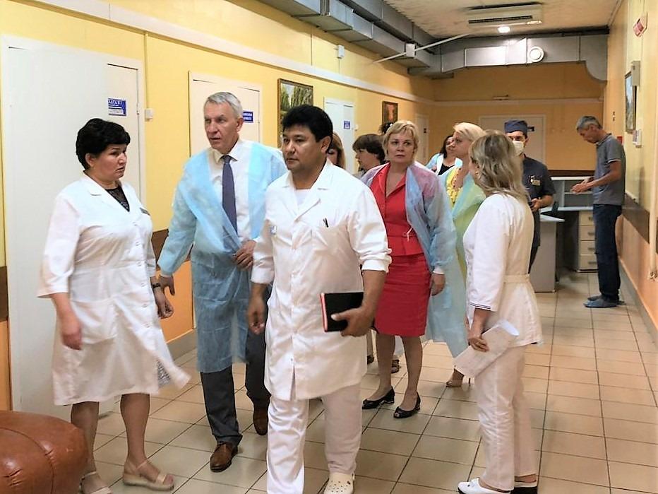 Астраханскую область посетил главный внештатный кардиолог Минздрава России