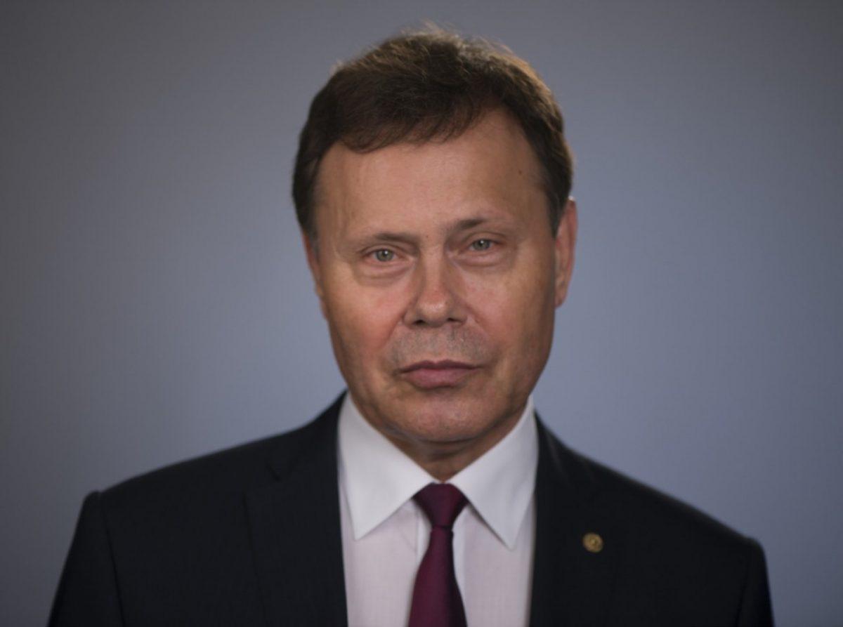 Николай Арефьев зовет в онлайн