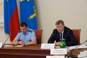 Врио главы Астраханской области взял под личный контроль работу по переселению из аварийного жилья