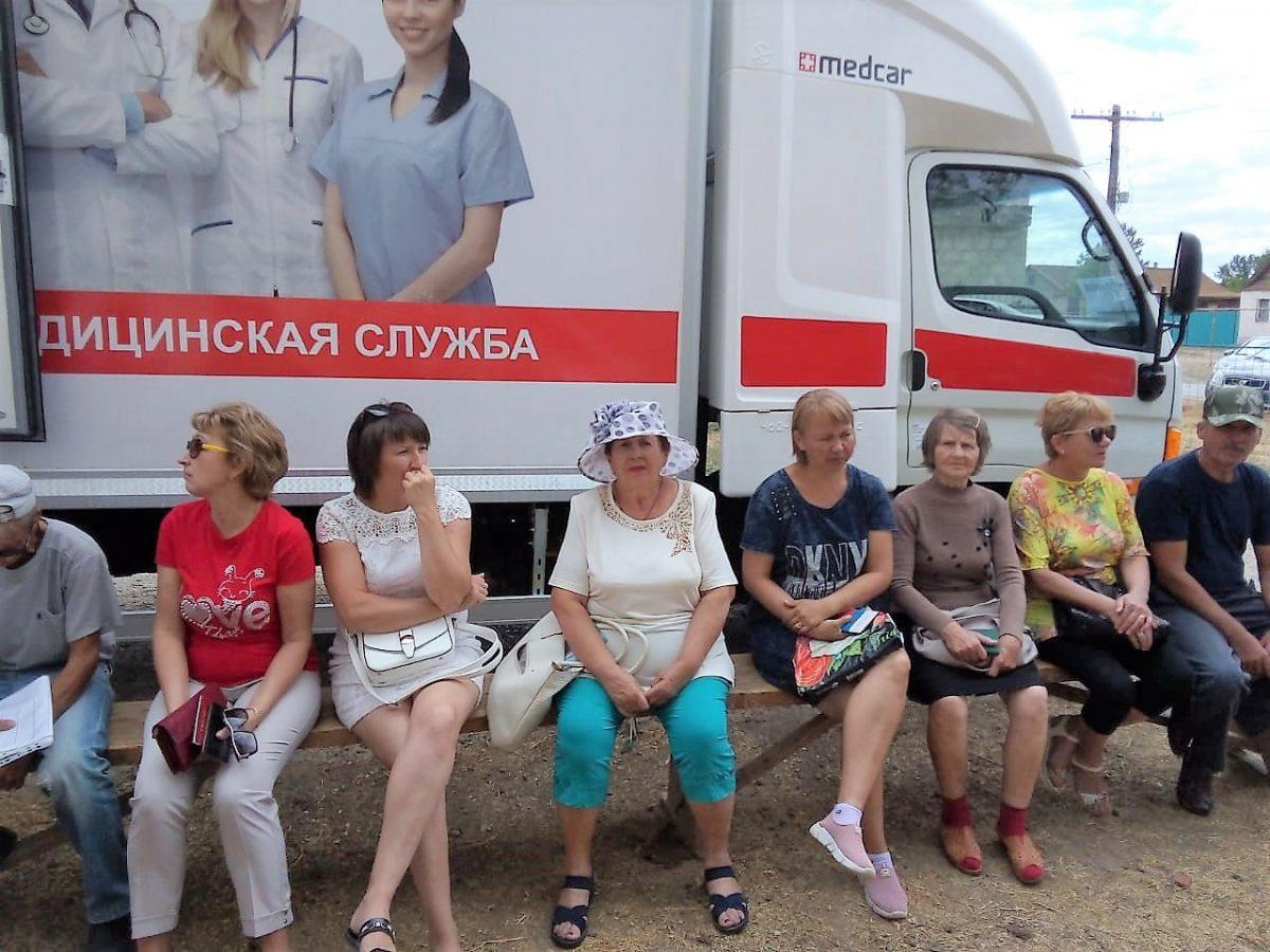 «Поезд здоровья» работает в Енотаевском районе