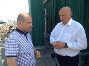 Глава администрации Астрахани провел совещание на крыше девятиэтажки