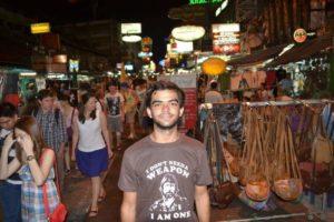 В астраханских песках пропал португальский турист. Найден его мотоцикл