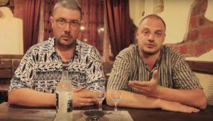 Архивное видео: Артемий Лебедев ест черную икру в Астрахани