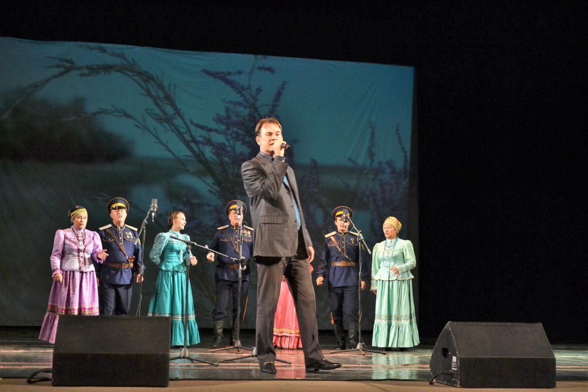 В Астрахани прошел литературно-музыкальный вечер «Русского лада»