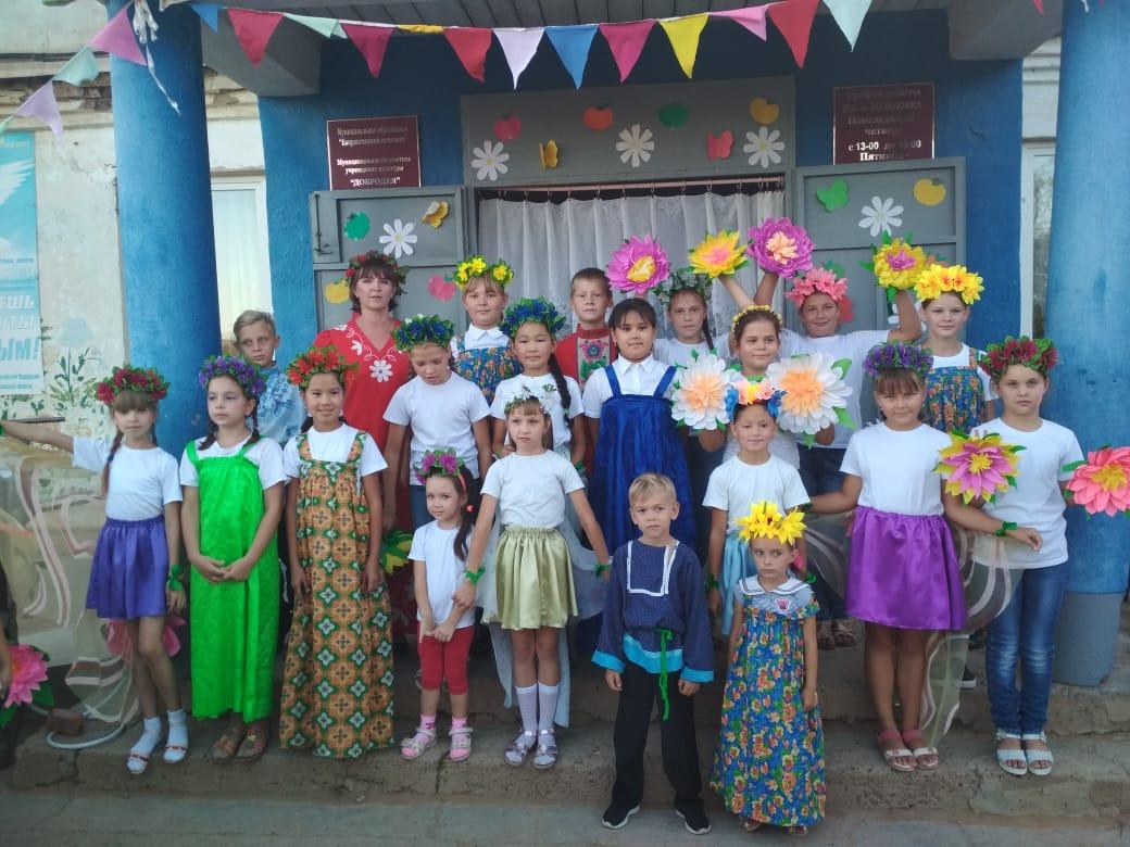 Праздничная программа к Яблочному Спасу прошла в Водяновке