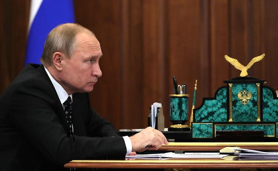 Владимир Путин пообещал поддержку проекта астраханской портовой ОЭЗ