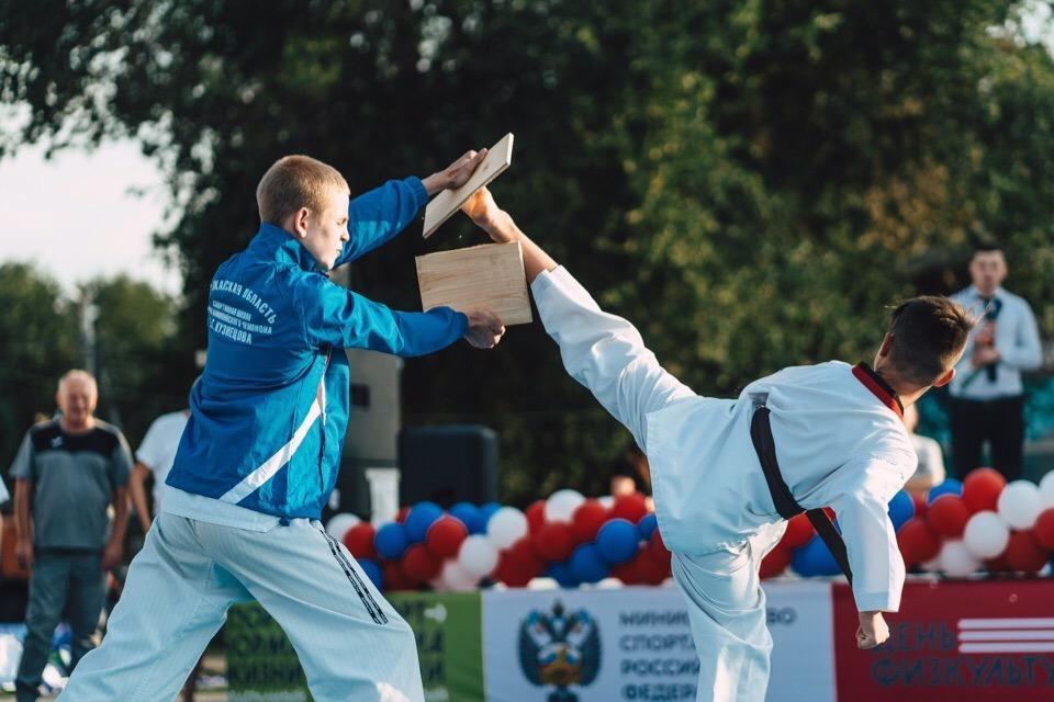 В Астраханской области отметили День физкультурника