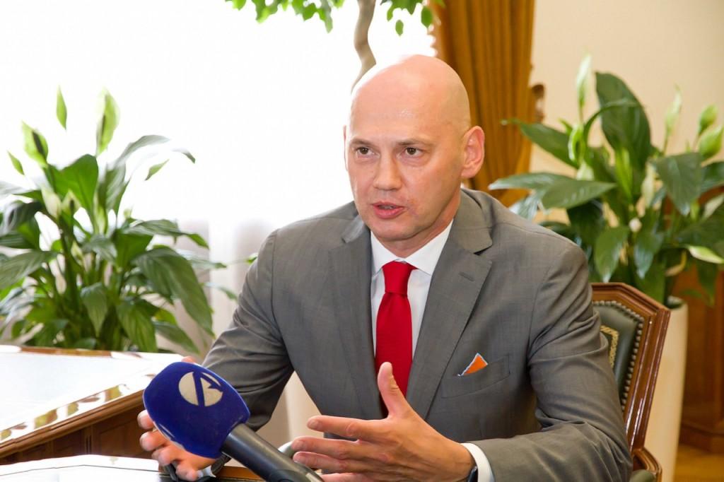 Новая радиостанция начала вещание в Астрахани