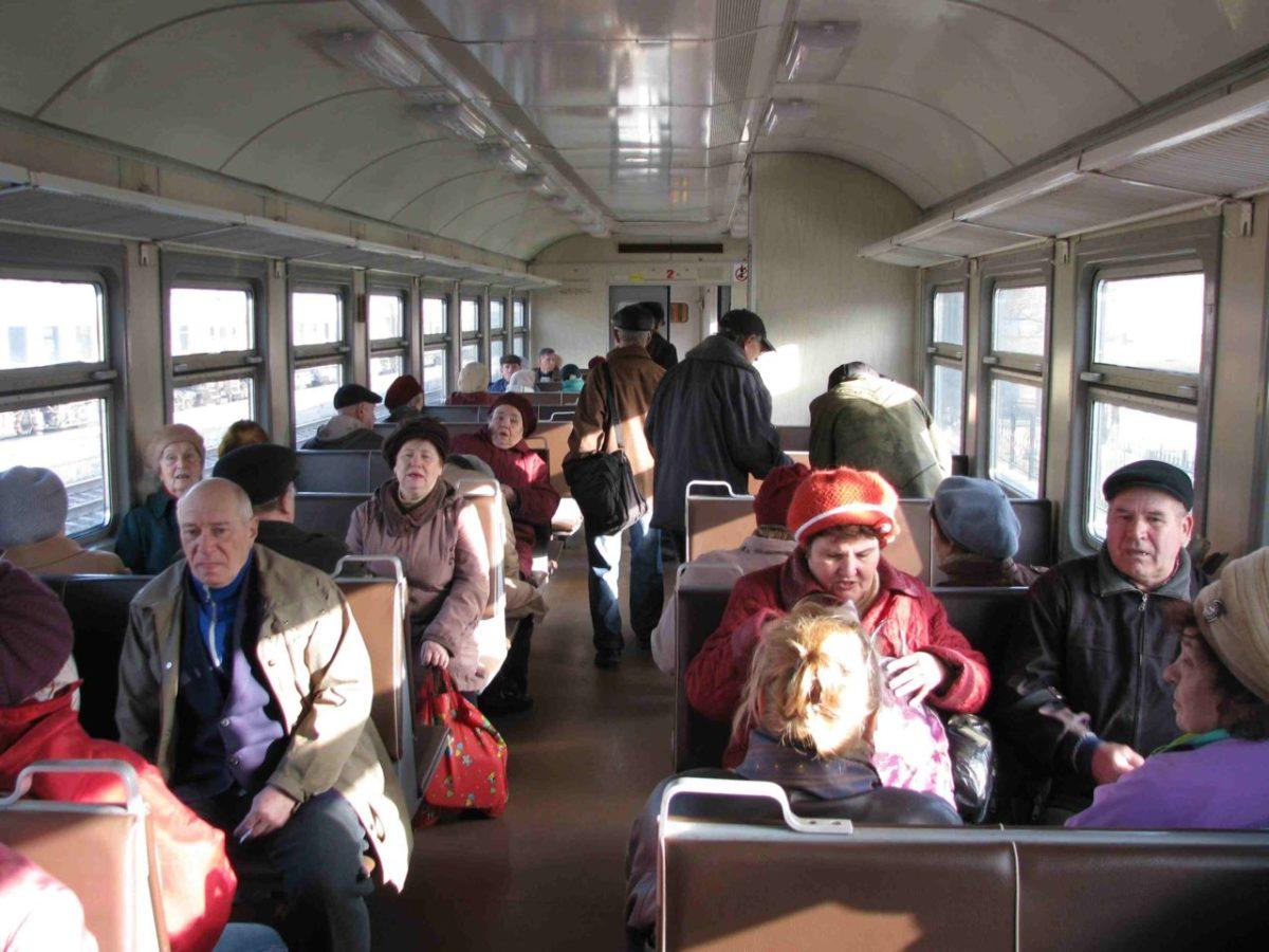 Акция «К здоровому сердцу!» пройдёт в пригородных поездах Астраханского региона ПривЖД