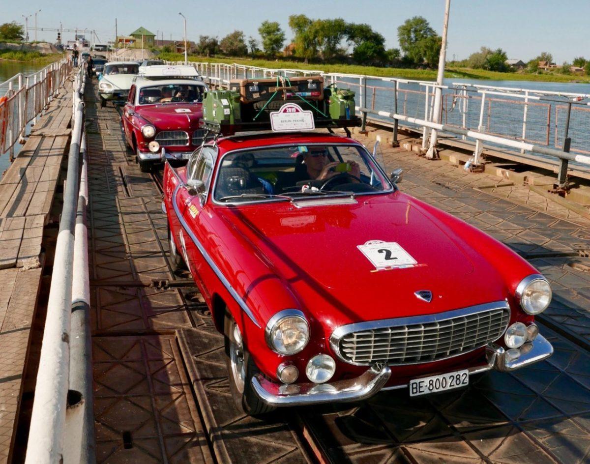 Машины времени устроили переполох в сельской Астрахани