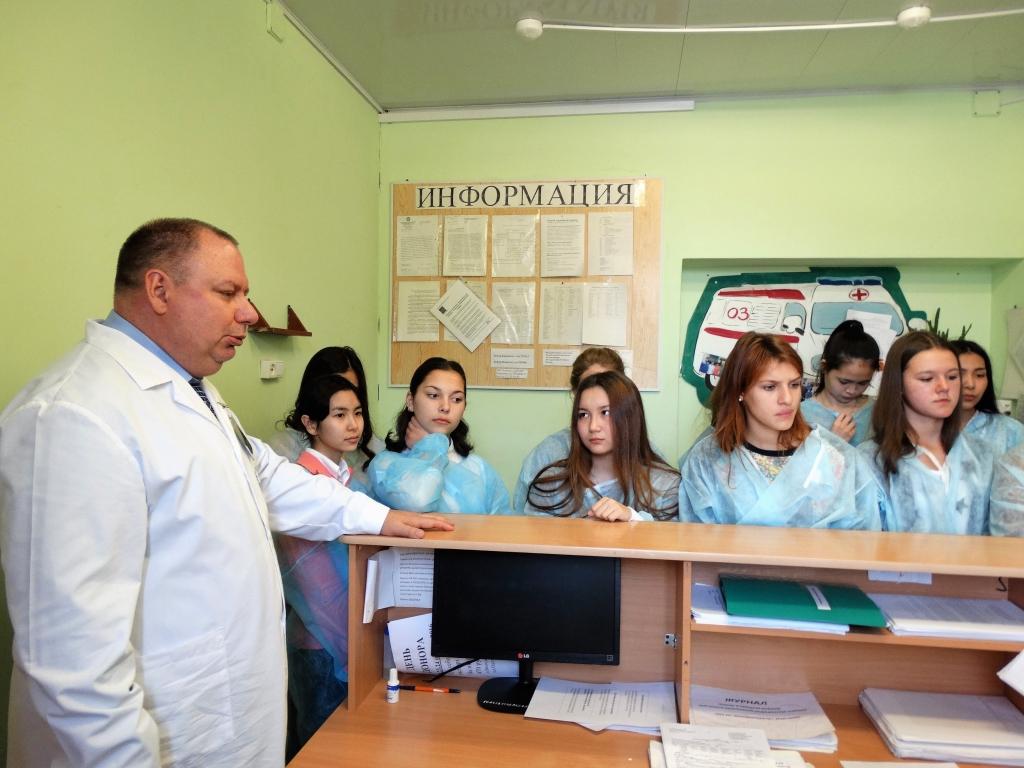 Астраханские единороссы решат судьбу главврача детской больницы