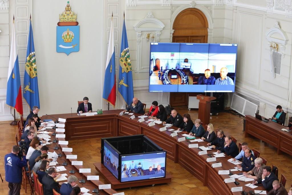 Астраханским работникам вернули 142 млн рублей зарплатных долгов