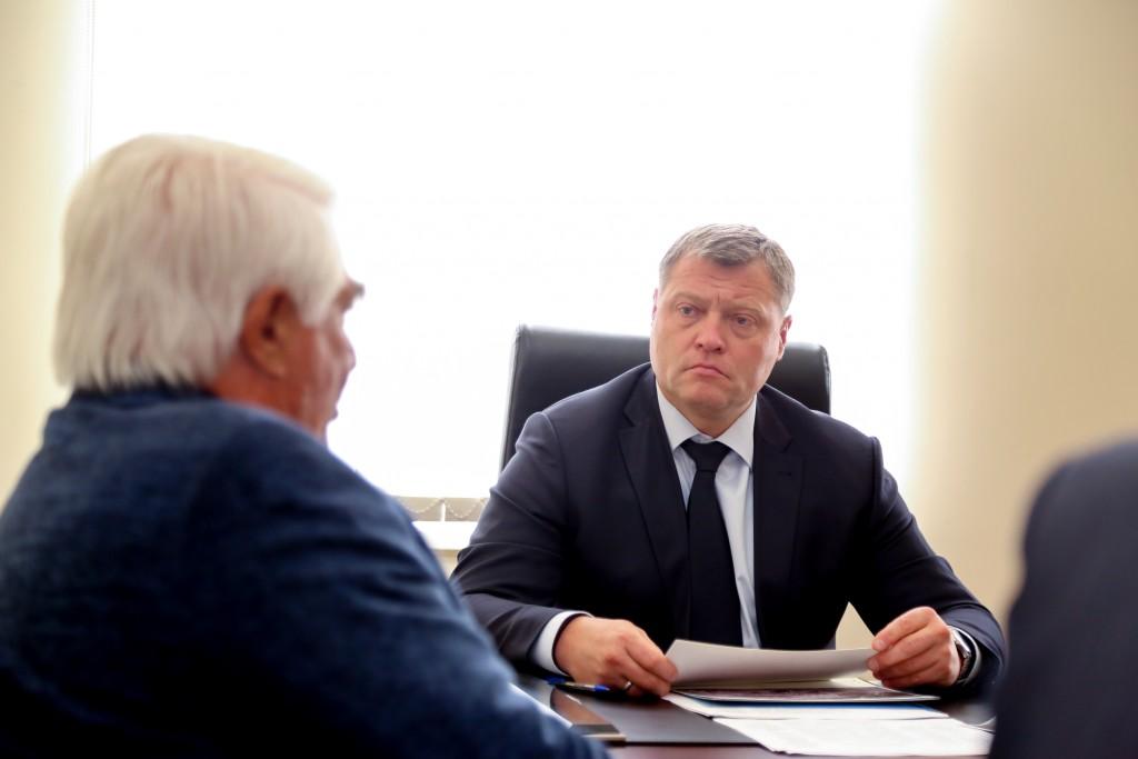 Астраханцы попросили у губернатора газ и проезд к большой земле