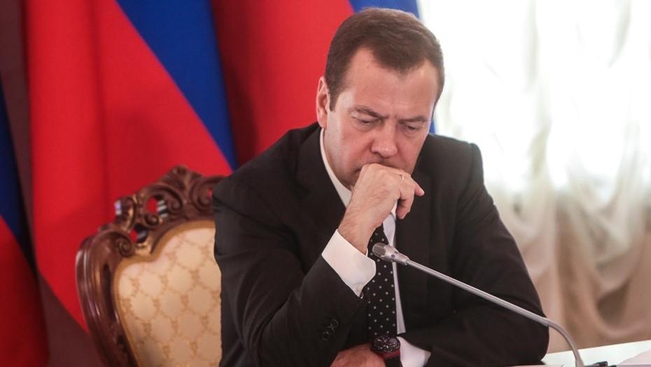 Медведев подписал документы об ускорении роста экономики