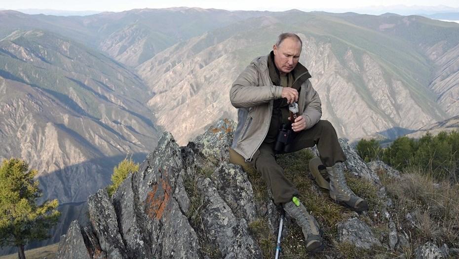 Владимир Путин забрался за облака в тайге