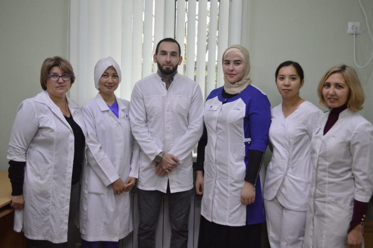 10 молодых врачей приступили к работе в астраханской поликлинике