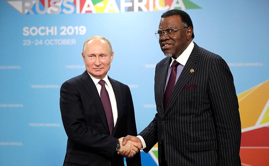 Путин объявил о списании более $20 млрд долгов стран Африки