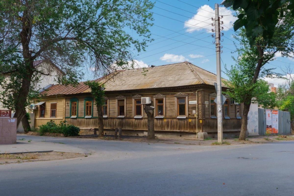 Астраханцы собирают деньги на восстановление дома в Армянской слободе