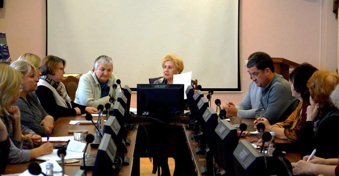 Астраханские пенсионеры задали неудобные вопросы чиновникам по ЖКХ