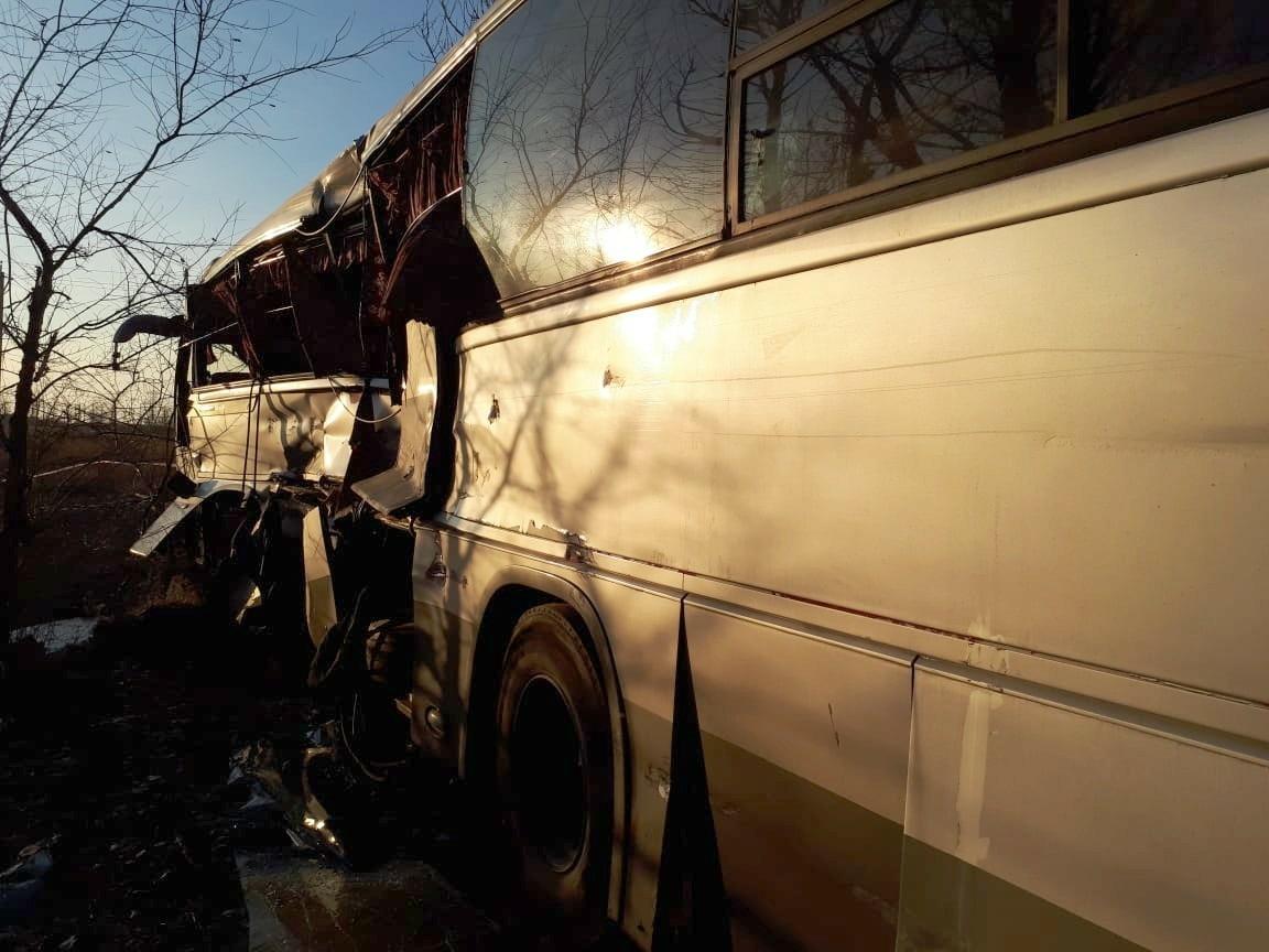 Железнодорожники сообщили подробности столкновения автобуса с электричкой