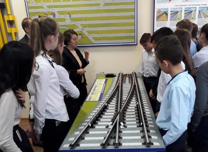Класс железнодорожной направленности открыли в «Инженерной школе» Астраханской области
