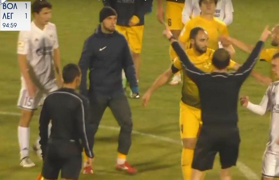 За драку с «Волгарем» дисквалифицировали четырех футболистов из Дагестана