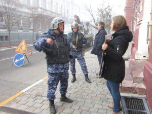 Астраханские зоозащитники пикетировали областную администрацию
