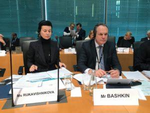 Астраханский сенатор предложил Европе не распространять фейки