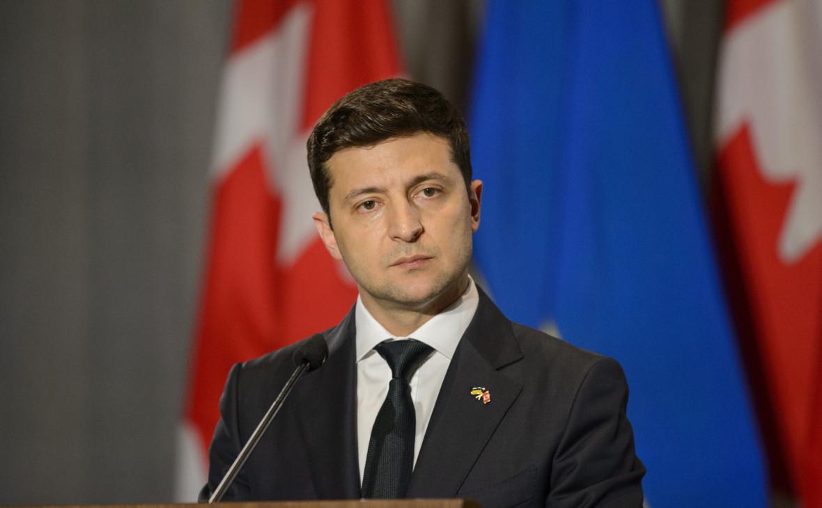 Президента Украины могут пригласить на 75-летие Победы в Москву