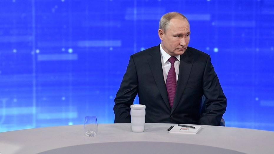 Путин потребовал устойчивого роста российской экономики