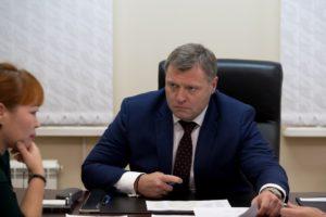Игорь Бабушкин поражен: астраханские сельчане носят воду из речки в коромыслах