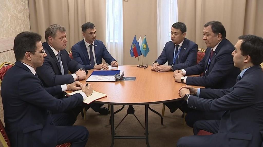 Игорь Бабушкин встретился с акимом Атырауской области Казахстана