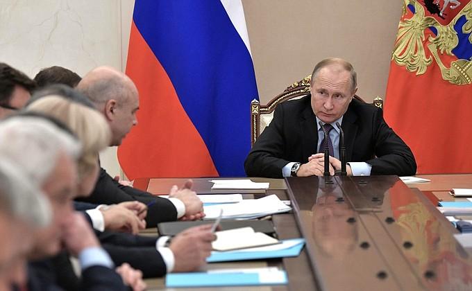 Путин о строительстве космодрома «Восточный»: Воруют сотнями миллионов